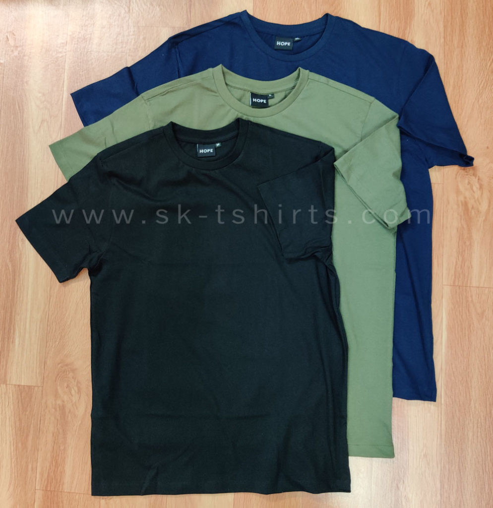 Blank (or) Plain T-shirt Manufacturer of all styles and qualities.