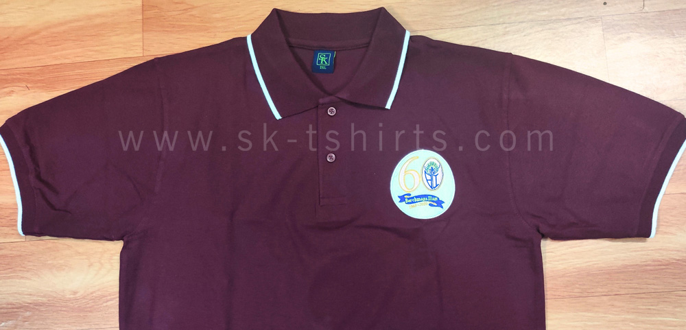 Cotton collar t-shirt with border tipping in collar and sleeves and with logo embroidery